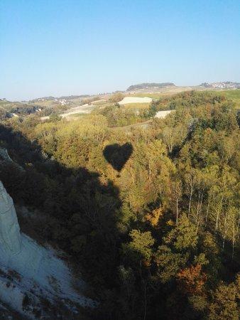 In Balloon Exclusive Flights: l'ombra della mongolfiera suggerisce un cuore...