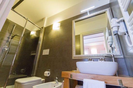 Arredo Bagno Artigianale : Mobili bagno artigianali cheap vedere tutti mobili bagno with