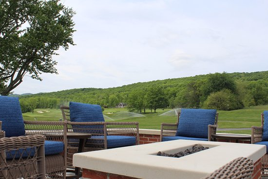 Bedford, PA: Fire Pit Seating