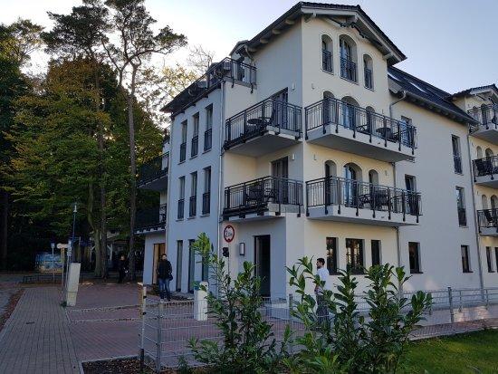Graal-Müritz, Deutschland: Rückseite / Zufahrt Tiefgarage