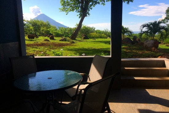 Balgue, Nicaragua: Communal alfresco dining area