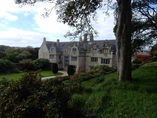 Newquay, UK: Trerice front view