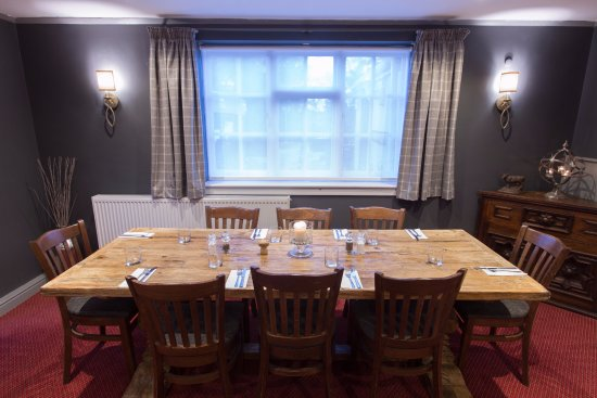 Chipping Sodbury, UK: Our feature table for up to 10 guests.