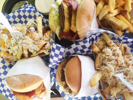 Victorville, CA: Burgers and Fries