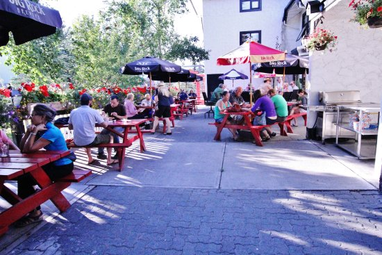 The Georgetown Pub: Patio a great spot in the Summer
