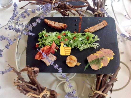 Montagne, Fransa: Duo de foie gras du Périgord