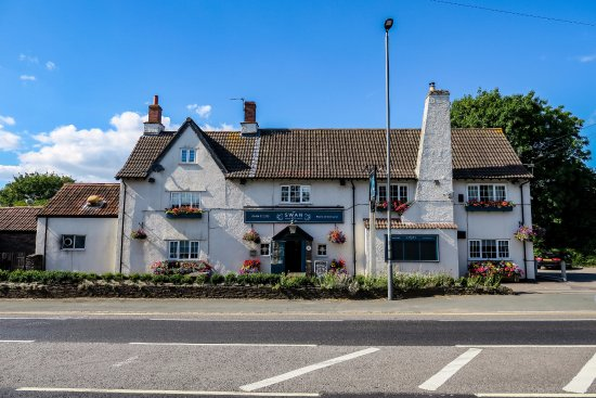 Nibley, UK: Our pub from the road