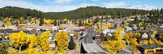 ‪‪Truckee‬, كاليفورنيا: Fall in Historic Downtown Truckee. Photo by Bill Stevenson‬