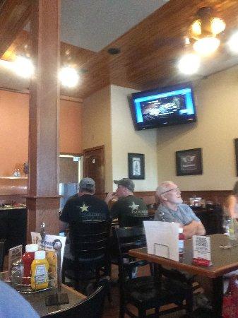 Lino Lakes, MN: Dining area