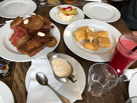 Prague Food Tour: Marinated cheese, beef tartar, fried cheese