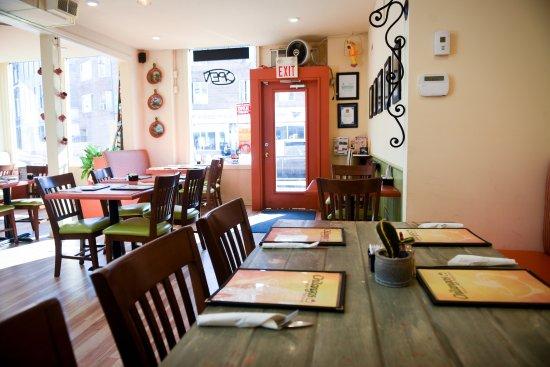 Belleville, Canadá: Chilangos Restaurant