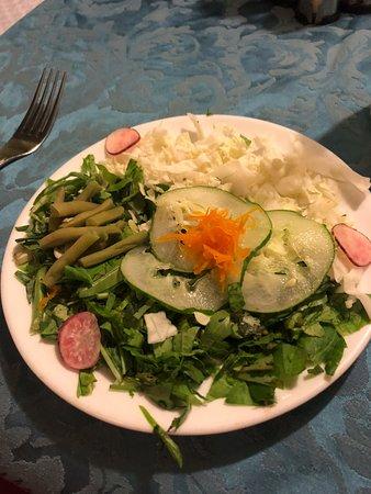 Hostal Florida Center: Mixed Salad