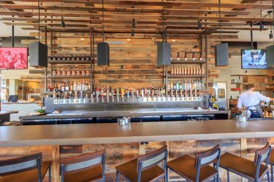 Ashburn, VA: Craft Bar