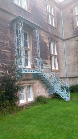 Muckross House, Gardens & Traditional Farms: Fire escape Queen Victoria demanded before visiting