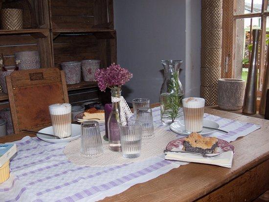 blumen kaffee sch nwalde wandlitz restaurant bewertungen telefonnummer fotos tripadvisor. Black Bedroom Furniture Sets. Home Design Ideas
