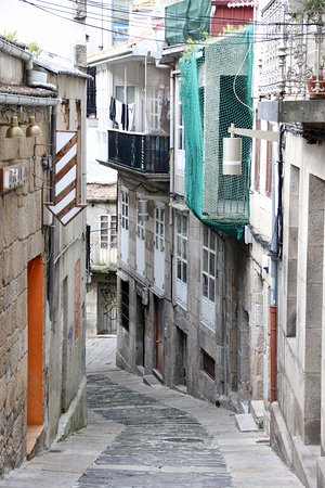 Casco Vello Vigo: Narrow lane