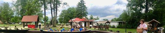 Schlepzig, Γερμανία: Vorbereitung zur Spreewald Kahnfahrt
