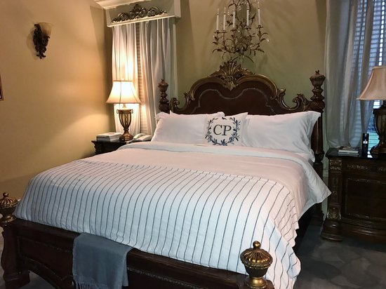 Castlepost Updated 2017 Prices Amp Castle Reviews Versailles Ky Tripadvisor