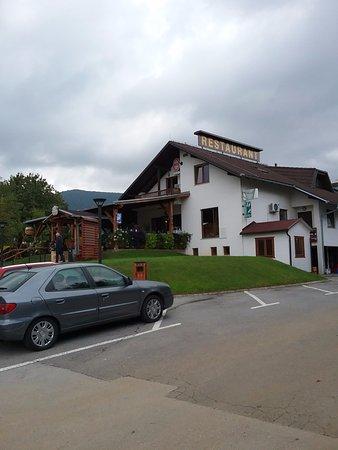 Rakovica, Croazia: Restaurant