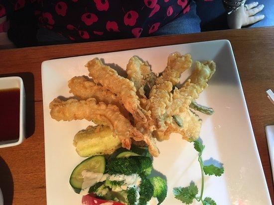 Kabuki Japanese Restaurant: Shrimp and Vegetable tempura