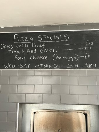 Porthleven, UK: Some of our scrummy homemade produce ,local wines and spirits and our evening pizza menu .