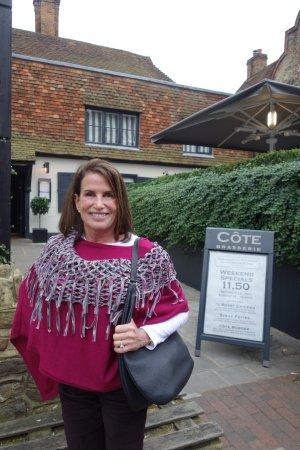 Godalming, UK: Standing in front of the restaurant
