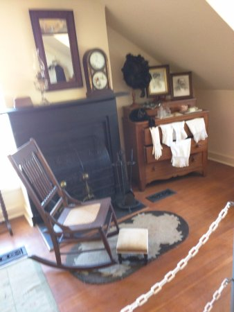 Point Pinos Lighthouse: The Keeper's room on the stairs