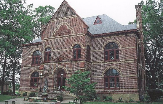 Cairo Public Library was built in 1884 and is a working library as well as a museum.