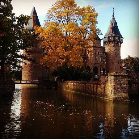 Haarzuilens, The Netherlands: Замок в октябре