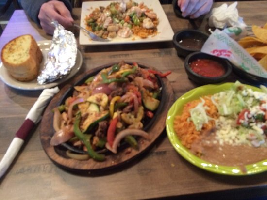 Cannon Falls, MN: Beef and Chicken Fajitas, friends Shrimp dish.