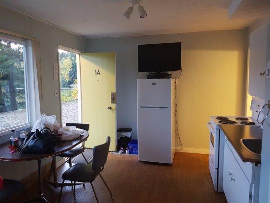 Jasper Way Inn: Kitchen-2 bedroom ground floor family suite