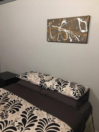 Taupo Urban Retreat: Bed