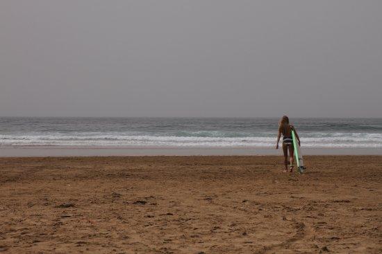 Tamraght, Morocco: Wild surfing