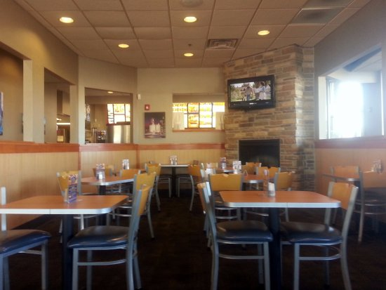 Rosemont, IL: dining area at Culver's