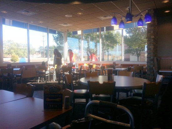 Rosemont, IL: more of the dining area at Culver's