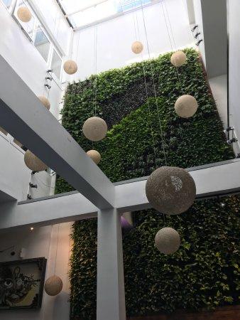 Tantalo Hotel / Kitchen / Roofbar: Amei minha estada no Tantalo. Comida boa, atendimento excelente e a cama... ah! A cama!! Sensaci