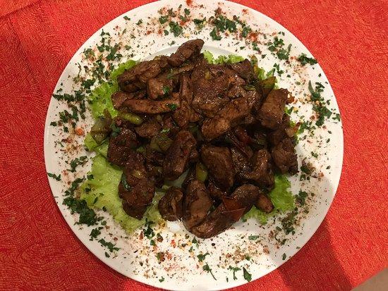 Fushe Kruje, Αλβανία: Ne nuk kemi vetem mish,por edhe peshk, rizoto,pasta jane specialitet tona We don't have only mea