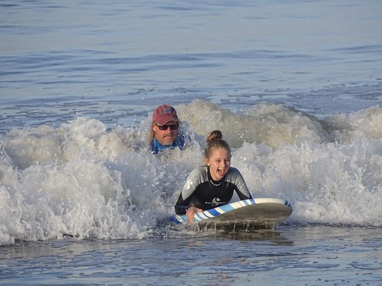 Pismo Beach Surf Shop : Bill getting her started off right
