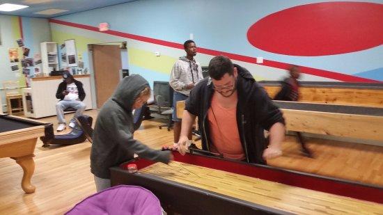 Morrisville, PA: Shuffleboard can be tense