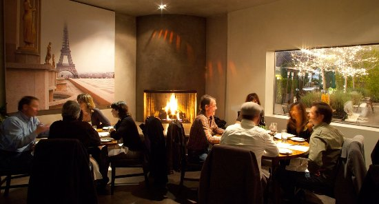 Lafayette, Califórnia: Fireside dining