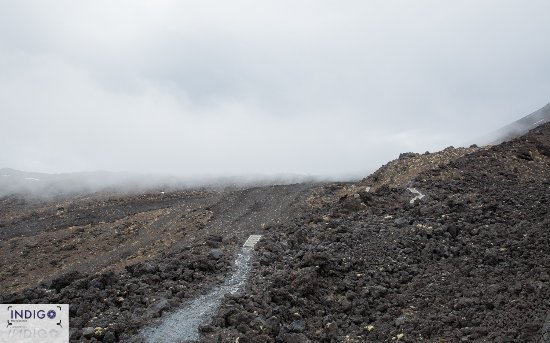 Tongariro Alpine Crossing: Cloud only gets worse