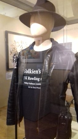 Salisbury, UK: Terry's attire, he always wore his hat, leather jacket and shoulder bag