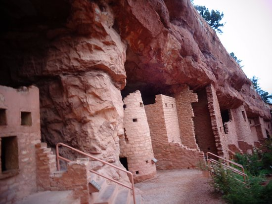 Manitou Springs, CO: Cliff dwelling