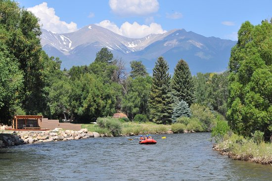 Buena Vista, CO: Raft and Relax! The Mild & Scenic stretch of the Arkansas River is perfect for families.