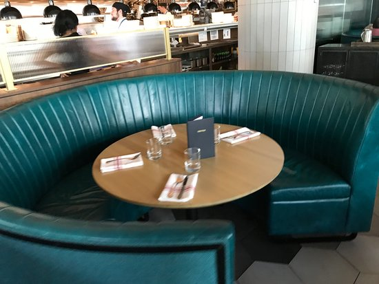 Round Booth Seating Picture Of Earls Kitchen Bar Plano - Round booth table
