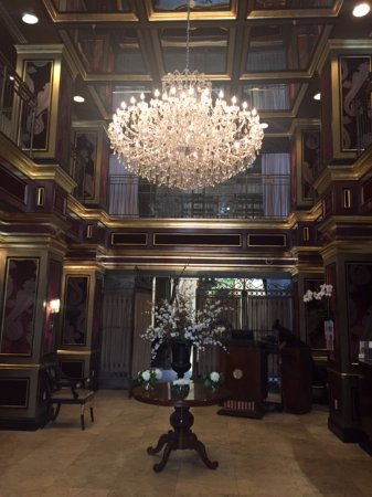 Windsor Arms Hotel: A beautiful greeting