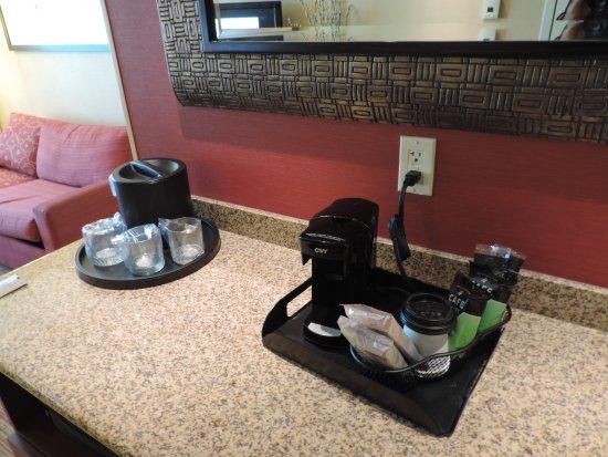 La Vista, NE: Coffee maker