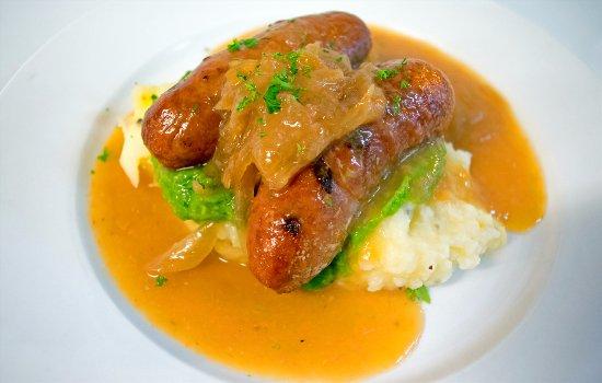 Glen Innes, Australia: Char grilled local beef sausages