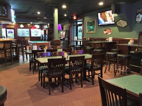 Sauk Rapids, MN: Come on in to Jimmys!