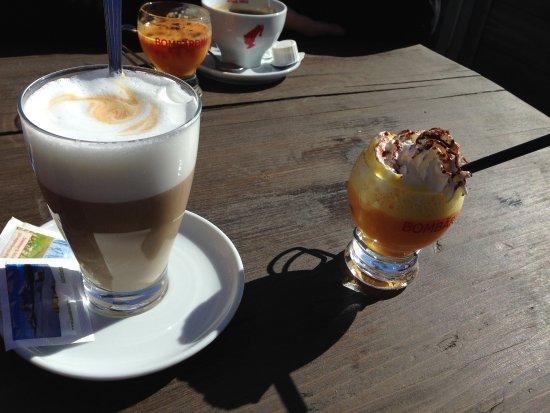 Hotel Rosalpina Dolomites: Bombardino, das Getränk das wir mind. 1x trinken bei unseren Südtirolbesuchen